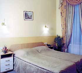 Дешевые гостиницы и отели Санкт-Петербурга - Гостиница Маршал в Санкт-Петербурге, номер 1-м стандарт